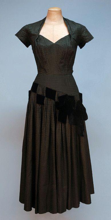 PIERRE BALMAIN PUCKERED SILK COCKTAIL DRESS, 1950's