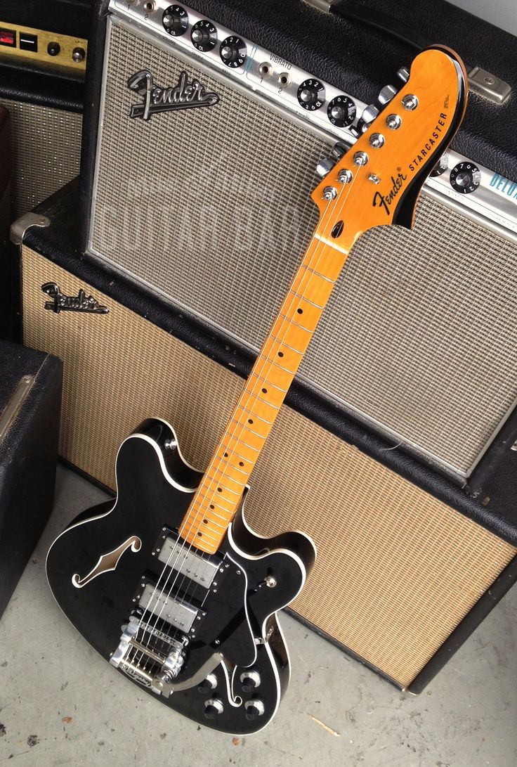 2013 Fender Starcaster reissue. So fine...