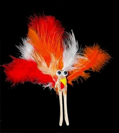 Clothespin turkeys are an easy and fun craft for kids at Thanksgiving!