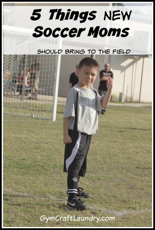 5 things new soccer moms should bring to the field