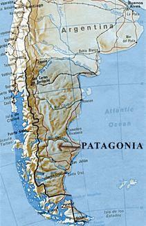 Patagonia esta ubicada en el cono sur de Sudamerica, Tierra del Fuego esta ubicada en extremo meridional de Sudamerica entre los dos oceanos.  M&C
