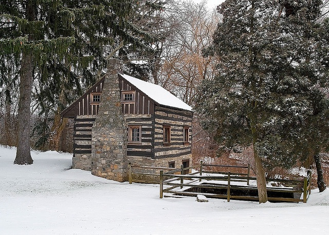 Log cabin in the snow for Log cabin portici e ponti
