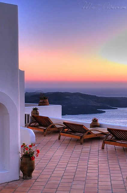 GREECE CHANNEL | Santorini, Greece