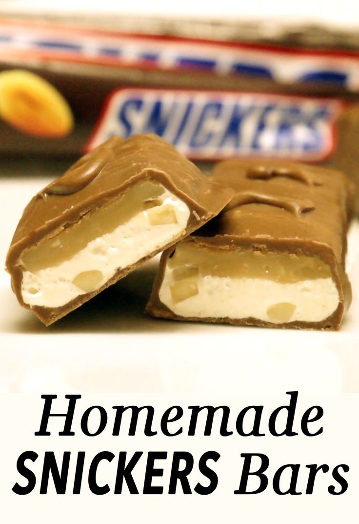 The snickers chocolate bar consists of nougat, caramel, peanuts and chocolate. It is one of the most popular candies in the world, and you can make it yourself!