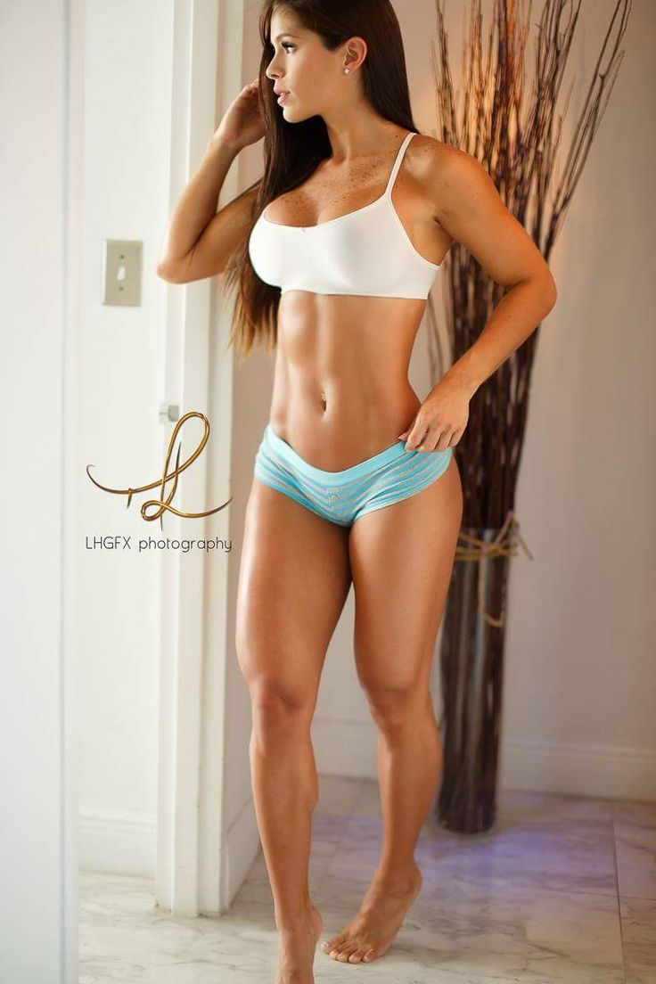 Muscle Girls Fan See more at http://www.spikesgirls.com …