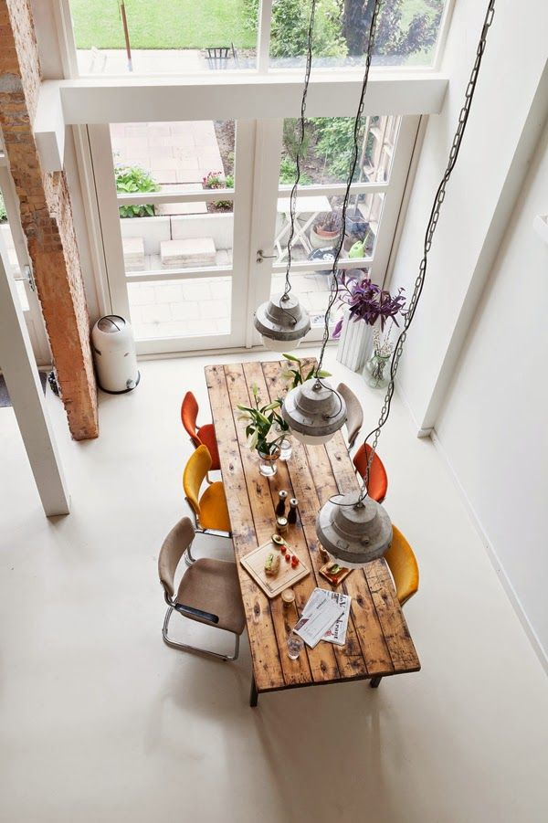 Interior beauty: a mix of vintage and industrial design - The last days of Spring