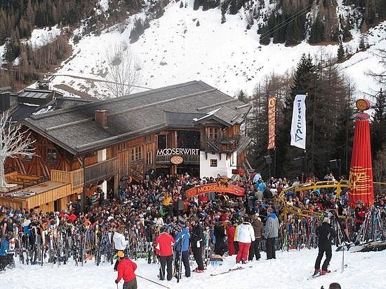The Mooserwirt@ St. Anton, Austria Après Ski