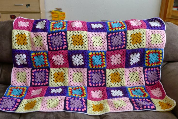 mnopxs2 the blog: My Little Pony: Crocheting is Magic (Inspired Granny Square Throw)