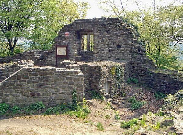 Ausflugtipps Niederrhein und Ruhrgebiet - Ruine Isenburg