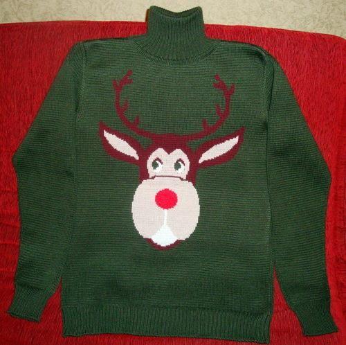 Мужские вещи с оленем свитер