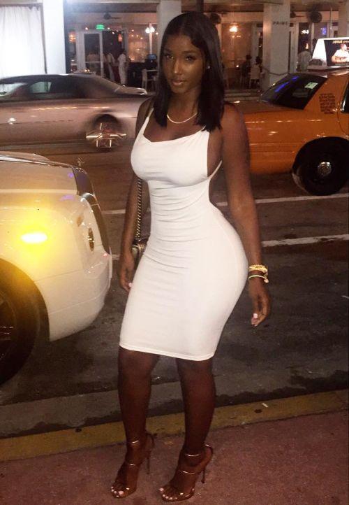 renton escort girl