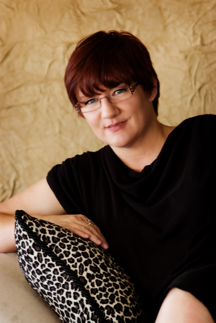Darynda Jones-Donita Massey Privett