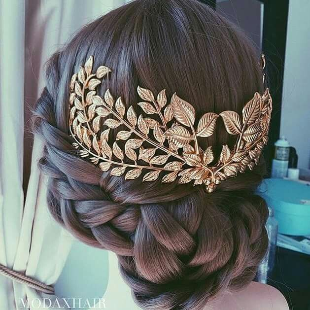 Lovely and elegant braid bun with gold headpiece. So gorgeous I just had to pin it. Sigh...I know. | Princess wedding hairdo idea. Medieval wedding hairdo idea and inspiration.