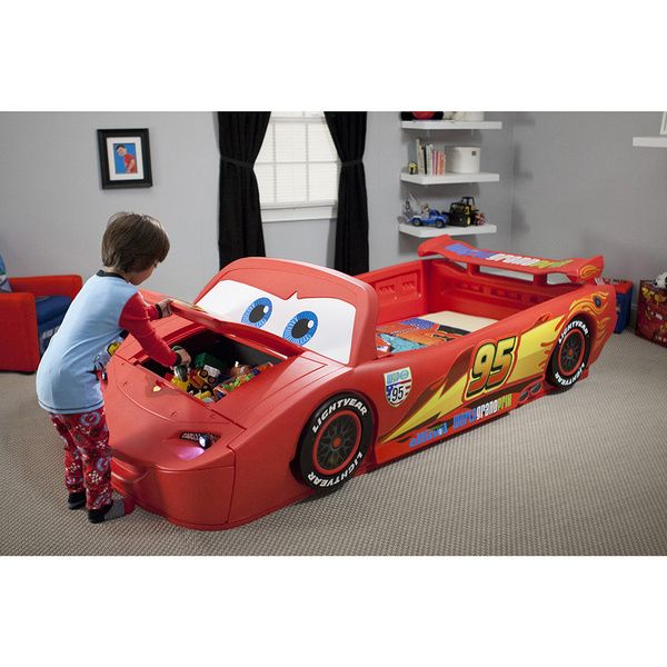 Cars Lightning McQueen Toddler-to-Twin Bed with Lights and Toy Box
