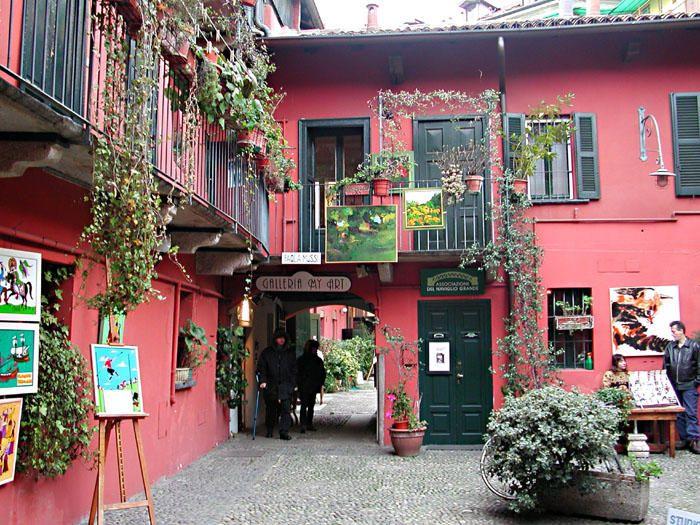 cortile sui navigli di Milano di Alessandro Faconti