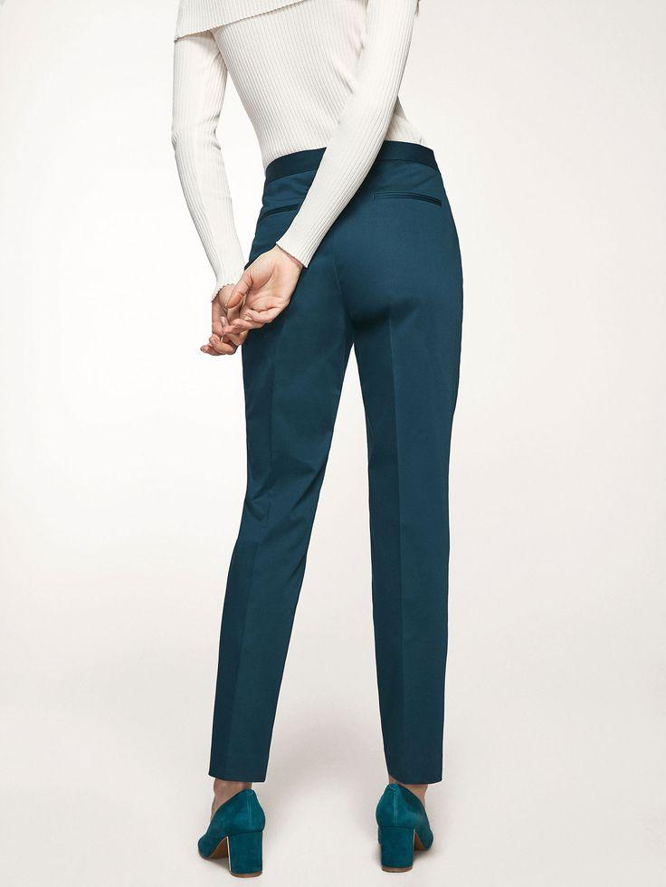 EFFEN CHINO BROEK voor DAMES - Broeken - Pantalons van Massimo Dutti voor de herfst winter 2017 à 79.95. Natuurlijke elegantie!