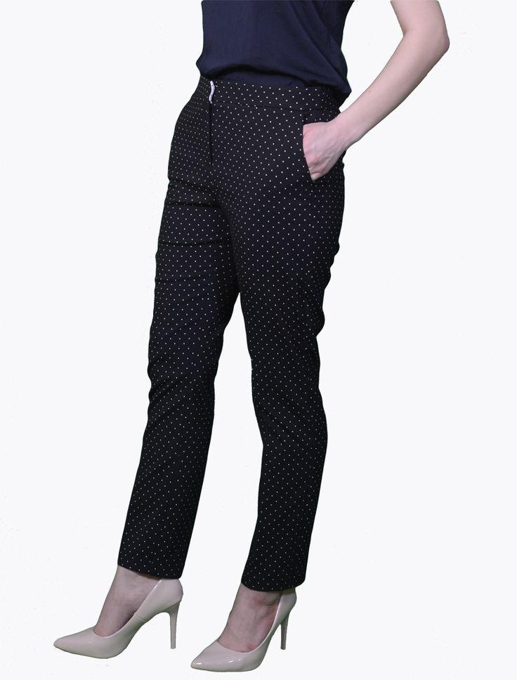 Pantaloni casual negri Pantaloni Pantaloni casual negri , croi drept,  96% poliester,4% elastan