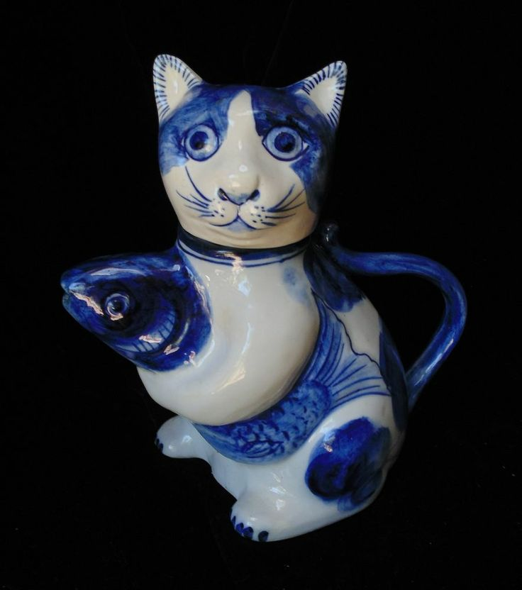 Adorable kitty cat holding koi fish small teapot blue and for Blue and white koi fish