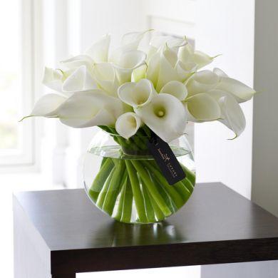flower arrangements simple centre pieces a different one