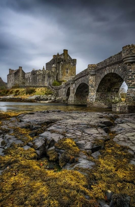 Eilean Donan Castle, Scotland – by Maciej Bartnick…