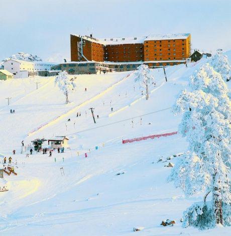 #Dorukkaya Ski Resort, Kar Makinesi ve Kar Garantisiyle 2014-2015 Kayak Sezonuna merhaba diyor.  İstanbul ve Ankara'ya yakın en iyi kayak pistleri için sizde #DorukkayaOtel'de yerinizi StarTatil.com'la alın.  Online anında rezervasyon + Ulaşım için StarTatil.com   #KartalkayaTurları #KartalkayaOtelleri #KartalkayaHotel #BoluKartalkaya