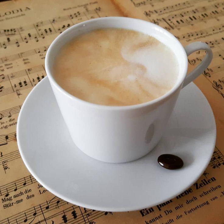 🇦🇹☕Schon was vor am Wochenende? Rein in den Flieger und ab zum Vienna Coffee Festival In die richtige Stimmung kommt ihr mit einer #WienerMelange 👉 Mehr Infos hier http://bunaa.de/de/vienna-coffee-festival-2018/