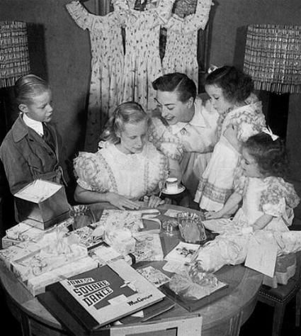 Joan Crawford with children Christopher, Christina, Cathy and Cynthia.