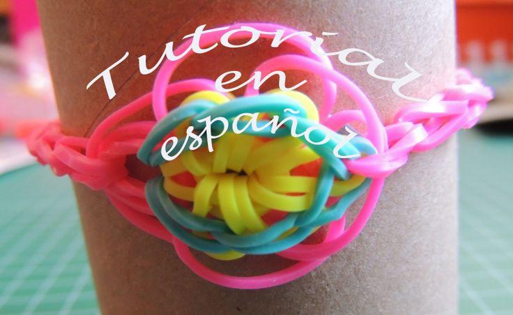 pulsera de gomitas con flor