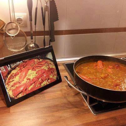 Nuestra Yoga te ayuda a cocinar.  www.lenovo.com/ar