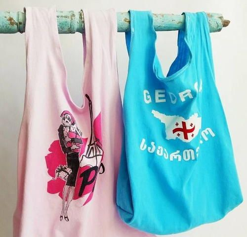 Upcycled T-Shirt Tote Bags | AllFreeHolidayCrafts.com