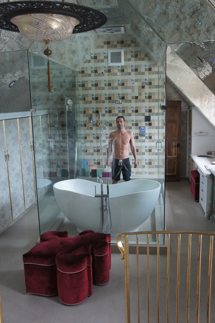97 best around the world in 80 showers images on pinterest for House sitting santa monica