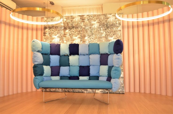 Undecided sofa by #RaffaellaMangiarotti & #IlkkaSuppanen at #Jannelli&Volpi Milano