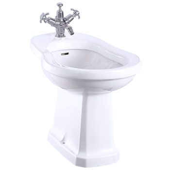 This traditional Gloss White bidet is made to the highest standards by Burlington. Burlington's bidets will fit into all traditional/period bathrooms.