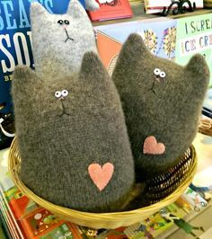 By Your Hands: Jacquie's Up-Cycle Nation: Purrrfect Cashmere Cats