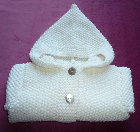 Riproposta:un cardigan per i più piccoli ,da realizzare in lana (merino) o cotone link all'originale: Taglia 3-6 mesi cosa serve: 6 gomitoli di lana Drops baby-merino lavorata doppia(…