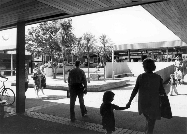 https://flic.kr/p/azmFJi | Jamison Shops - March 1978 (Jamison Centre, Macquarie) | From the folder: 2011/2231 - Land Development - Planning - National Capital Commission Commercial Centres M-Z