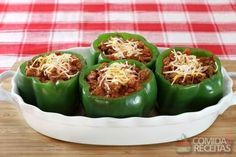 Receita de Pimentão recheado com carne moída em receitas de legumes e verduras, veja essa e outras receitas aqui!