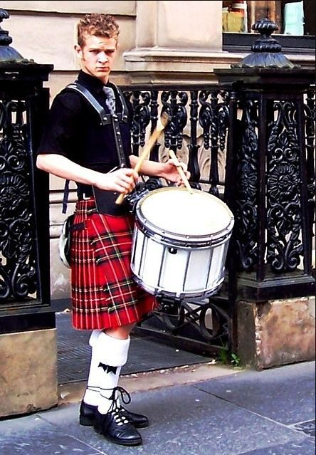 Pin by Jay Bell on Kilts | Men in kilts, Scottish dress, Kilt