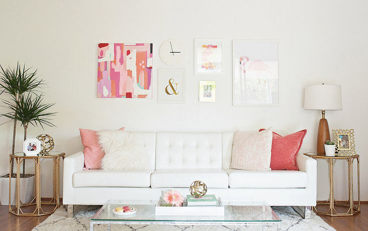 Small space got you long in the face? Cramped room ushering a cloud of gloom? Try these super easy decorating ideas to make your apartment look bigger!