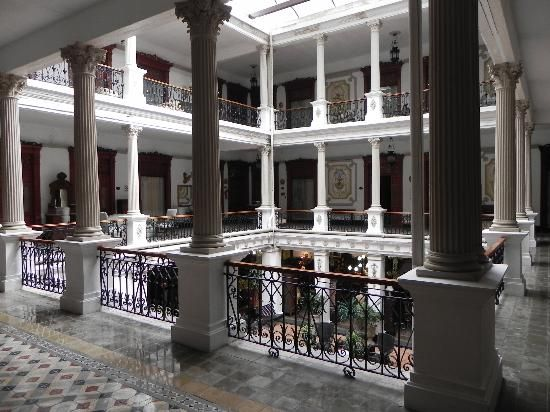 Open-air atrium at the Gran Hotel de Merida, Mérida, where I stayed two nights in 1989.