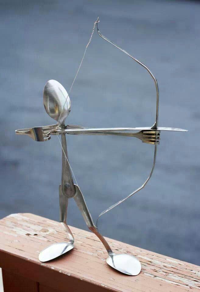 So cute silverware sculpture tervinning pinterest tervinning hantverk och tr dg rdskonst - Simple metal art projects ...