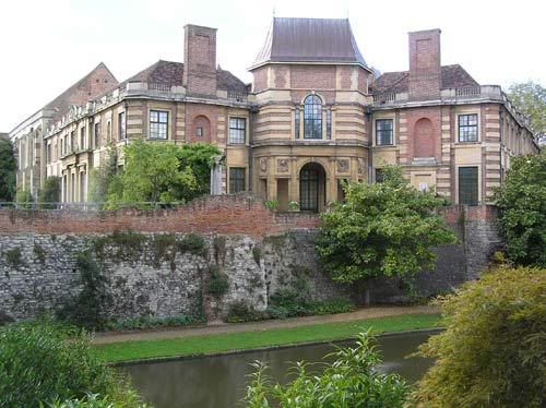 Eltham Palace was given to Edward II in 1305 by the Bishop of Durham, and used as a royal residence in the 14-16th cent. According to one account the incident  that inspired Edward III's foundation of the Order of the Garter took place here. As the favourite palace of Henry IV it played host to the only Byzantine emperor ever to visit England. The young Henry VIII also grew up here; it was here that he met and impressed the scholar Erasmus in 1499 introduced by Thomas More.