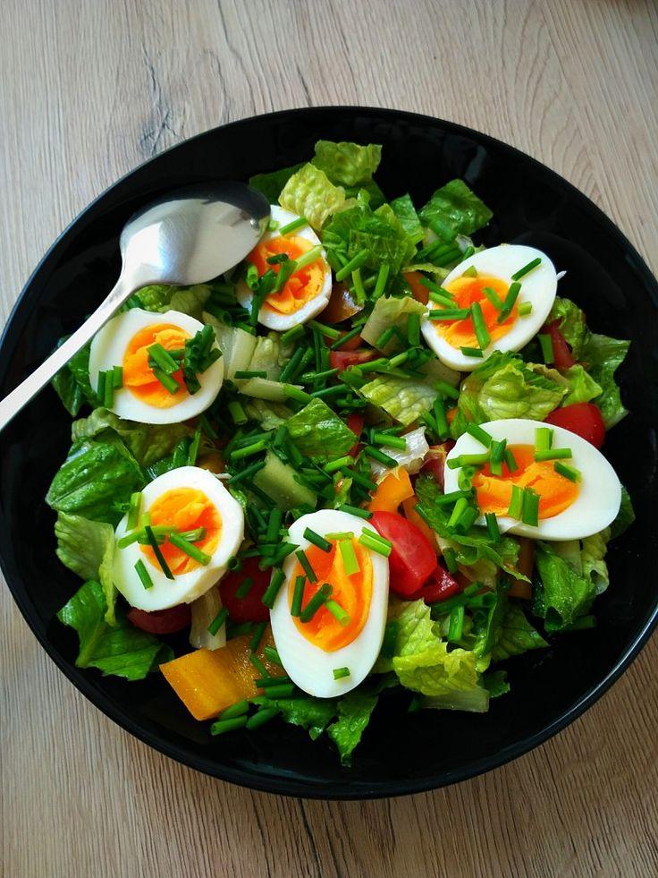 Zeleninový salát s vejcem | Paleo recepty