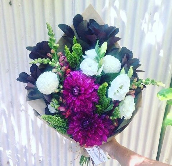 Brighten up someone's day with these beautiful flowers :)   #Melbourne #Victoria #Flowers #aussiemade #australia #melbourneflorist #flowerpower #aussie #instaaustralia #Australia #melbourneflowers #melbournegifts #victoriaflowers #melbournegirls #posy #flowerbunch