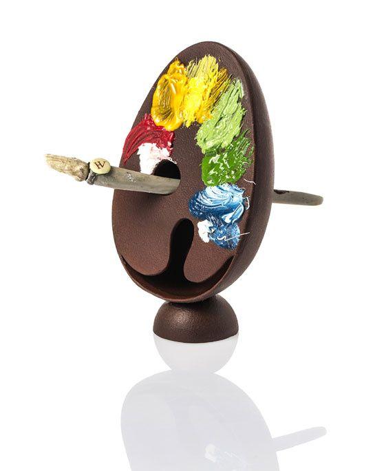 Les meilleurs oeufs en chocolat de Pâques 2013 http://www.vogue.fr/culture/le-guide-du-week-end/diaporama/les-meilleurs-oeufs-de-paques-2013/12463/image/740961#!16