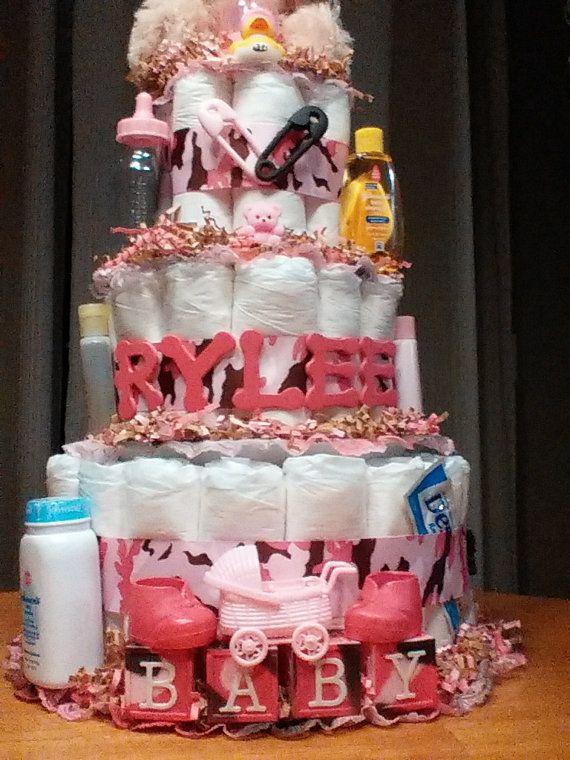 Personalizada Camo torta de pañales con accesorios tamaño