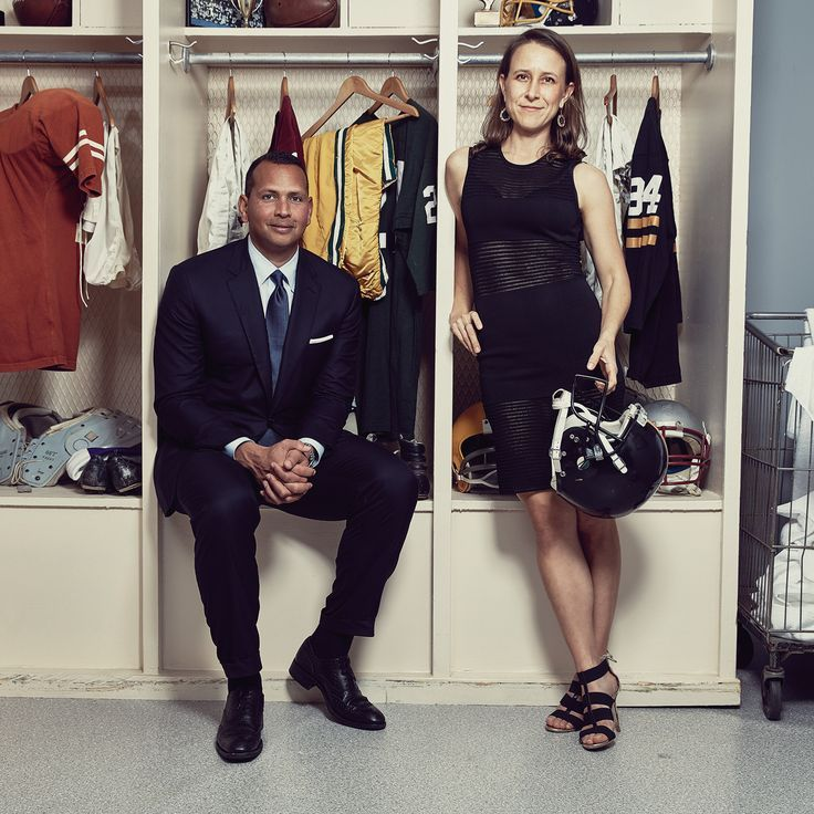 The Former Yankee third baseman's got a new gal Retired MLB player Alex Rodriguez is back in the batter's box so to speak. The former Yankee third-baseman is returning to the game—the game of love that is—apparently he's dating Anne Wojcicki, the ex-wife of Google co-founder Sergey Brin. The 40-year old major leaguer has been …