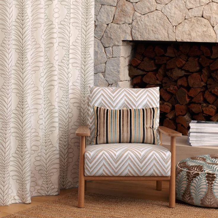Warwick Fabrics : LYNGEN  DRAPERY HANGER