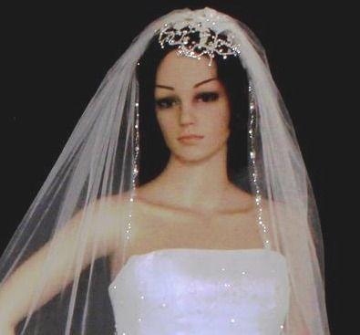 Chic Rhinestone and Flower Wedding Cap Clip