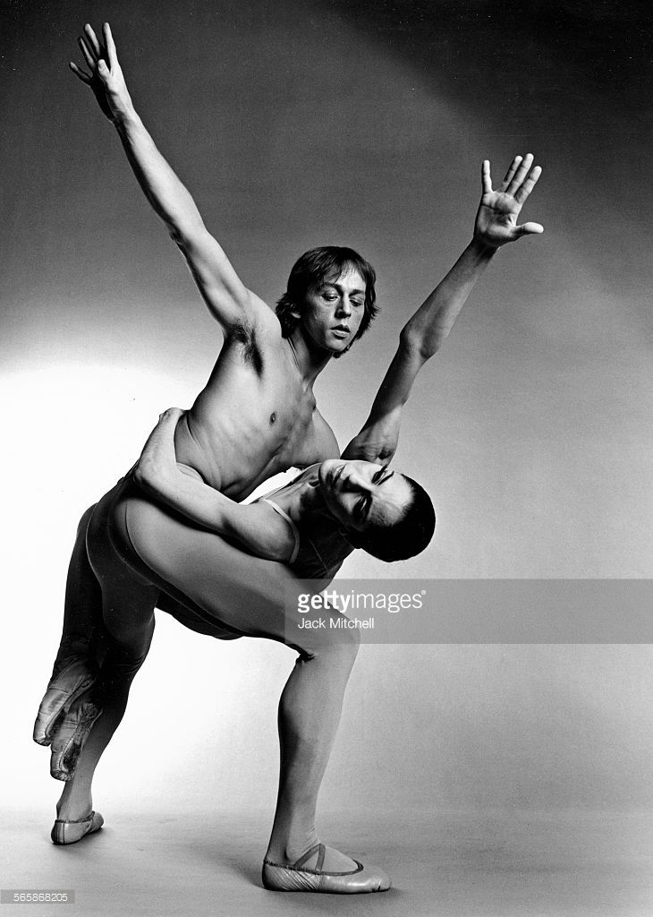 Pennsylvania Ballet dancer Lawrence Rhodes, 1973. Photo by Jack Mitchell/Getty Images.